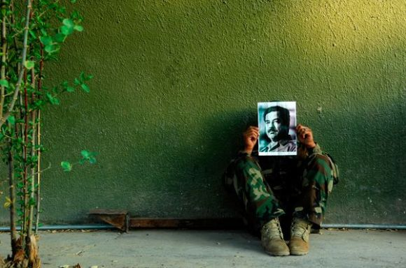 iraqi-artists-venice-biennale-saddam-face_68089_600x450